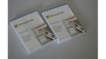 SALE OUT. Microsoft 365 Personal English EuroZone Subscr 1YR Medialess P6, DAMAGED PACKAGING Microsoft 365 Personal QQ2-00989 1 Person, License term 1 year(s), English, Medialess, P6